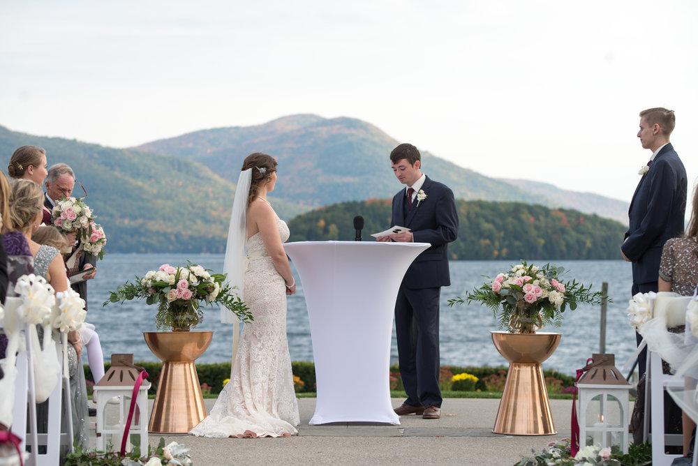 the-ceremony-sagamore-resort-lake-george-ny-wedding-ym-photography
