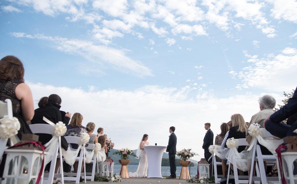 beautiful-sky-ceremony-sagamore-resort-lake-george-ny-wedding-ym-photography
