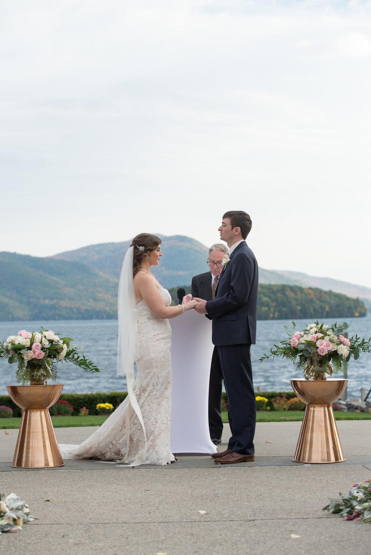 vows-ceremony-sagamore-resort-lake-george-ny-wedding-ym-photography