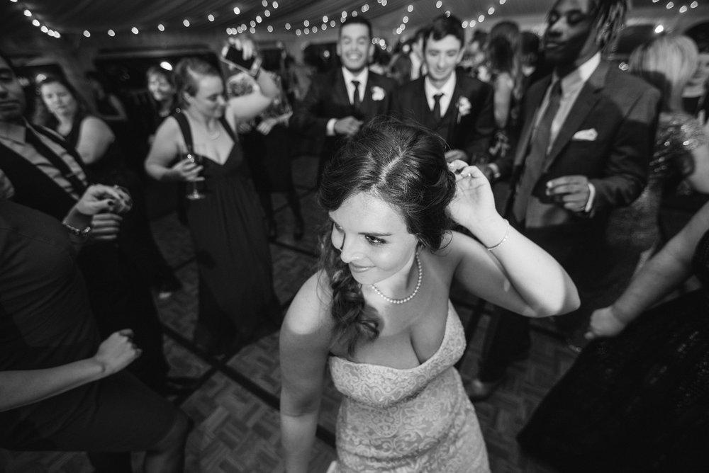 bride-reception-sagamore-resort-lake-george-ny-wedding-ym-photography