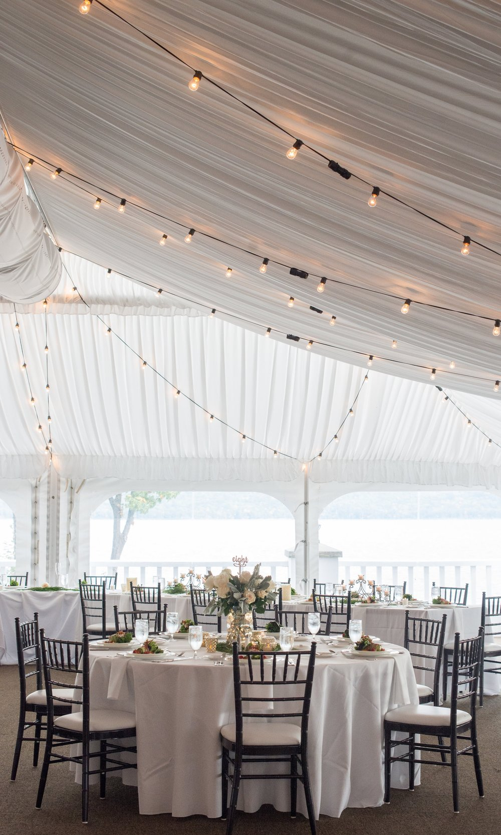 the-reception-tent-wedding-lights-sagamore-resort-lake-george-ny-wedding-ym-photography