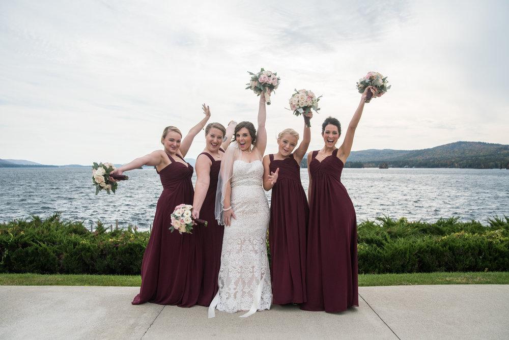 brides-maid-bouquet-sagamore-resort-lake-george-ny-wedding-ym-photography