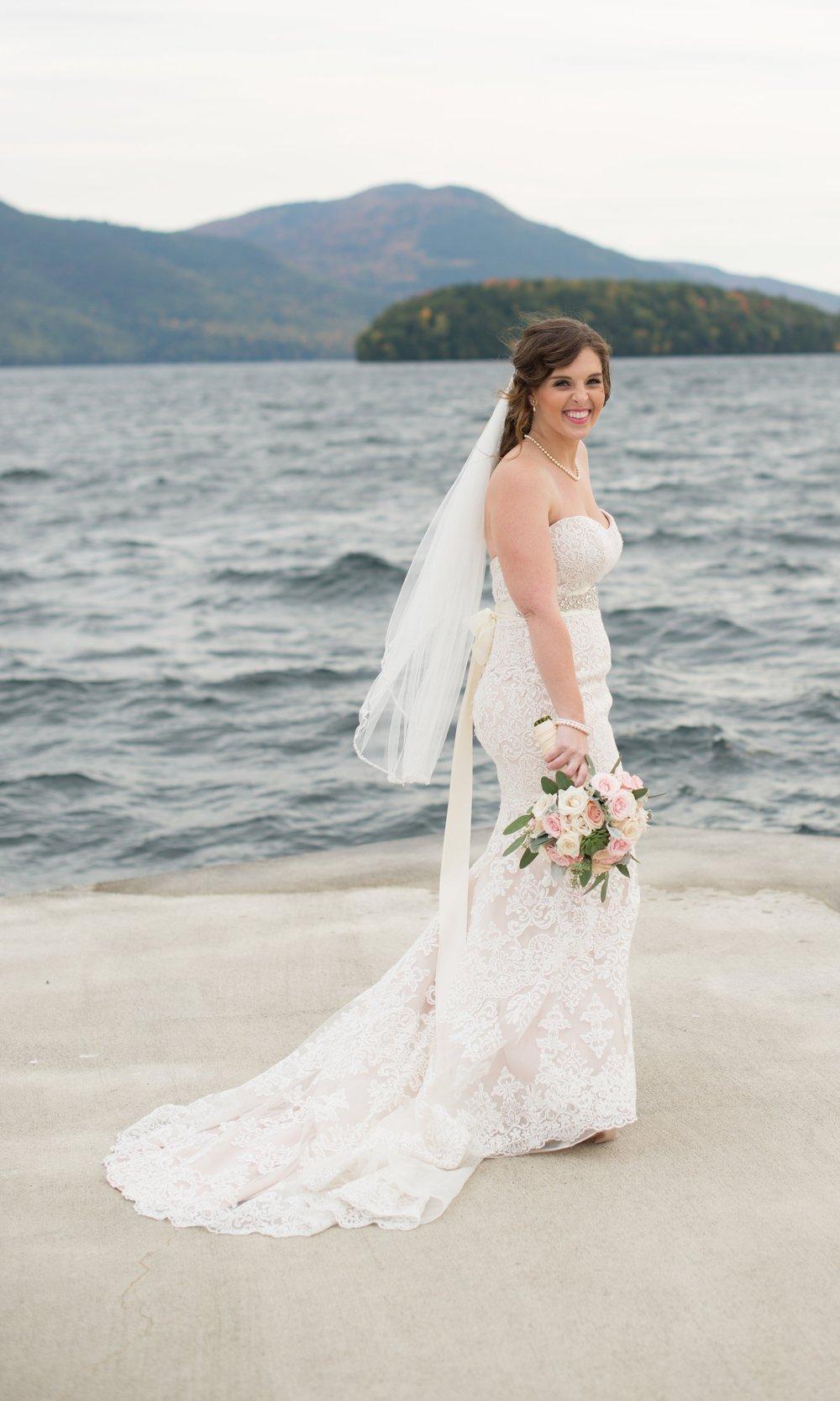 bride-sagamore-resort-lake-george-ny-wedding-ym-photography