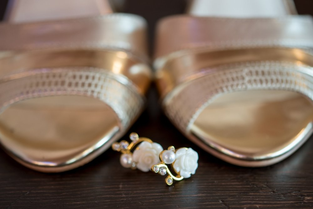 brides-details-old-daley-on-crooked-lake-albany-ny-wedding-ym-photography