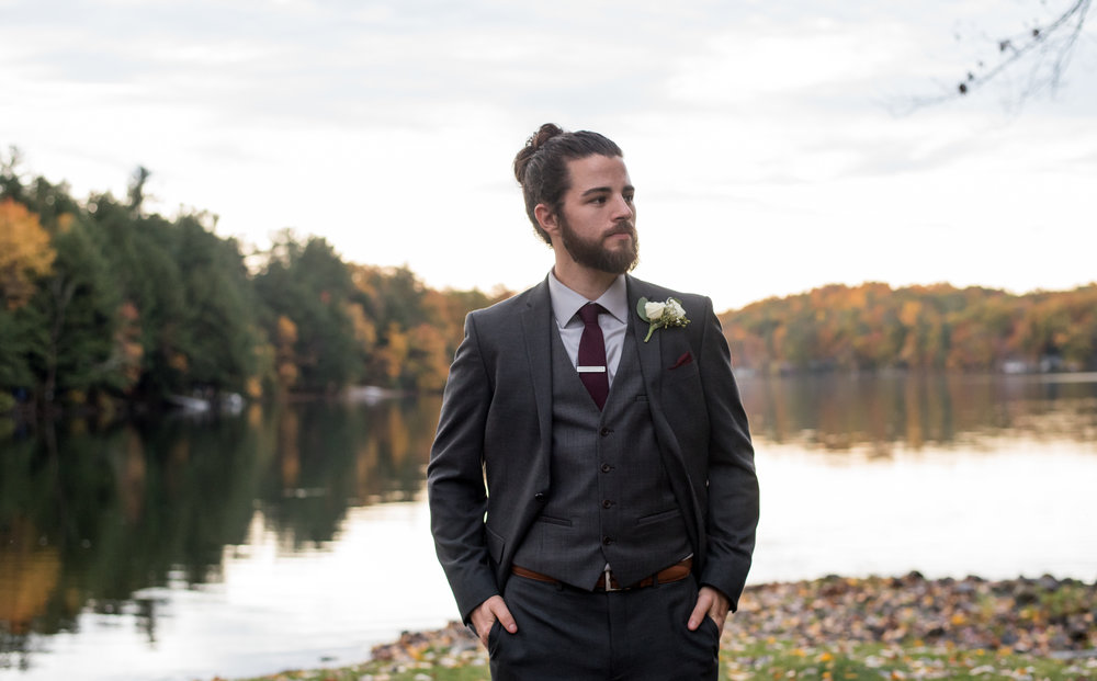 groom-old-daley-on-crooked-lake-albany-ny-wedding-ym-photography