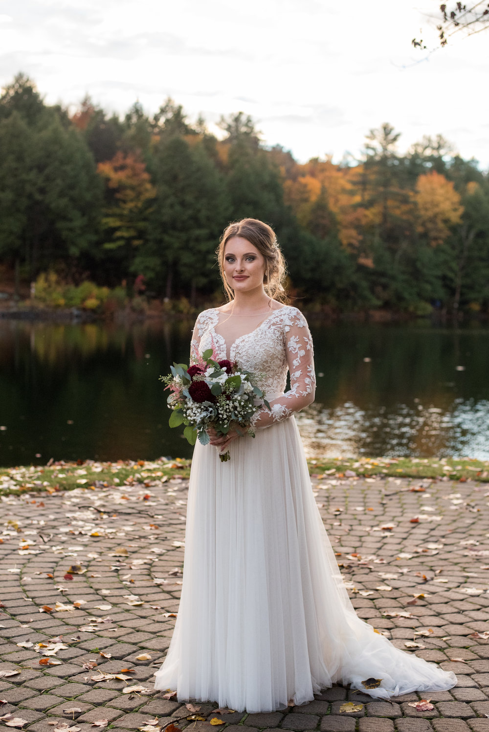 bride-old-daley-on-crooked-lake-albany-ny-wedding-ym-photography