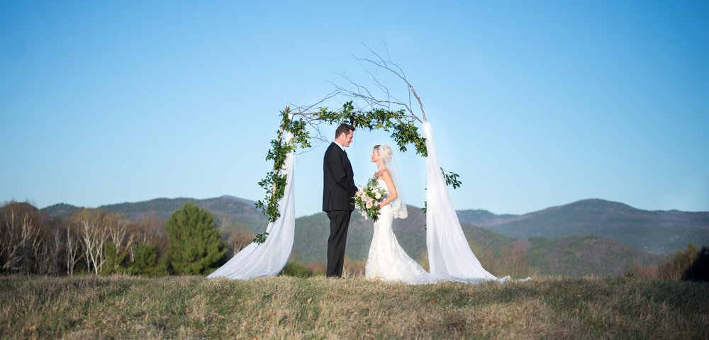adirondack-wedding-photographer-ym-photography-wedding-timeline-planner