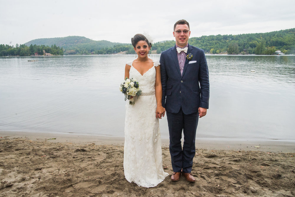 wellwed ny lakeside wedding ym photography adirondack wedding