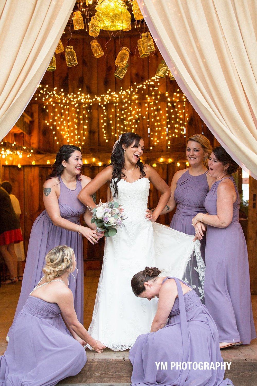 2017-10-15_0174.jpgburlap and beams wedding barn ym photography