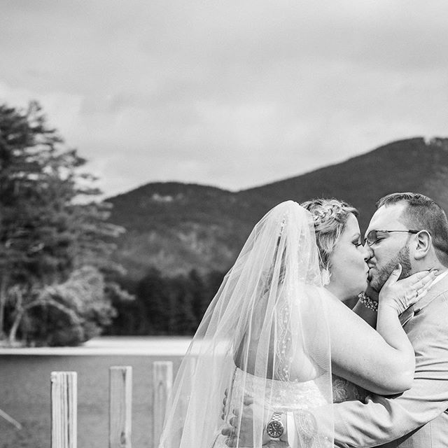 The first kiss... #ymphotographyny #firstkiss #wedding #algonquinwedding