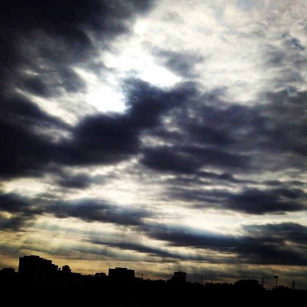05 Skies 1