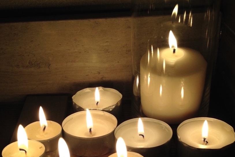 candlereflection.jpg