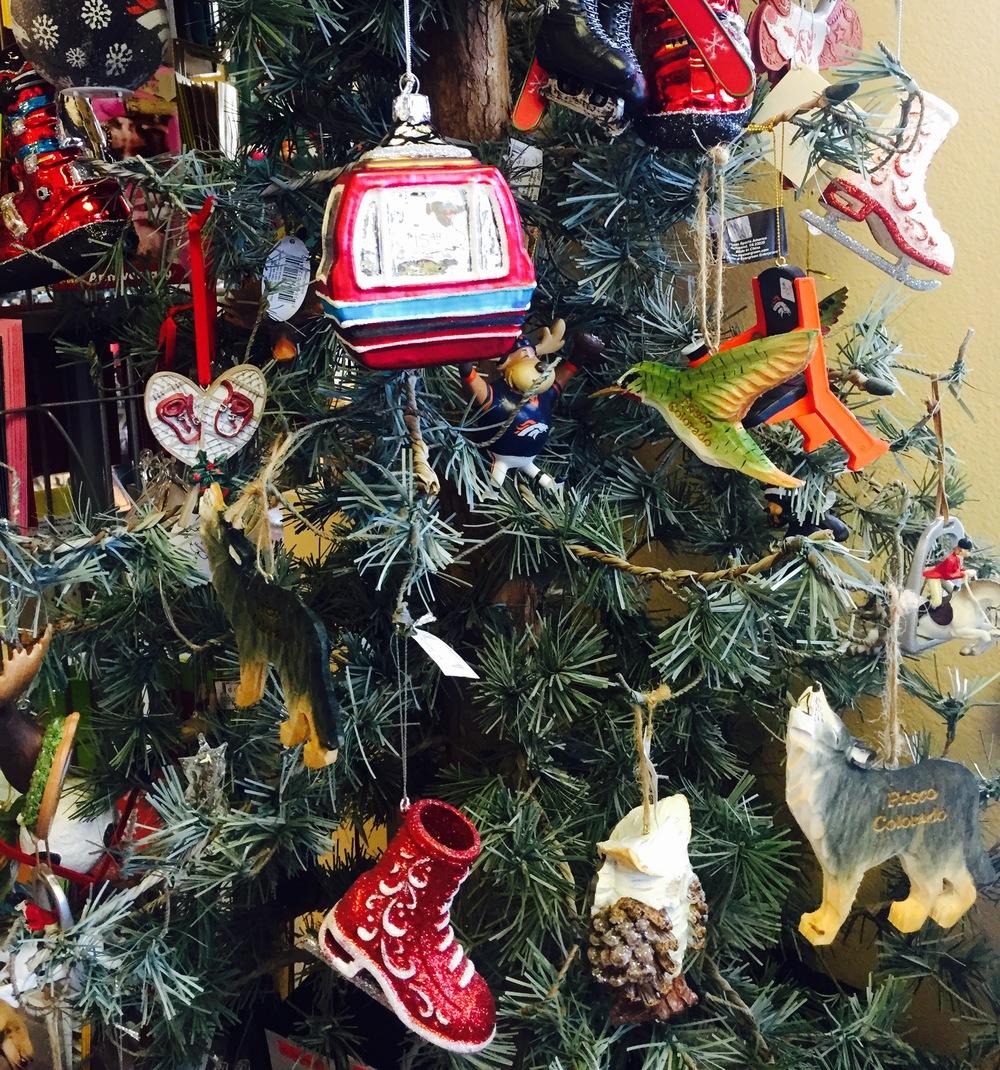 Colorado Christmas ornaments make a great gift for a Colorado wedding