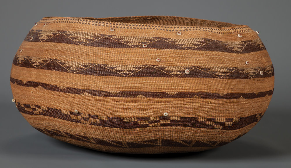 Tightly twined Pomo basket with bands of serrated geometric and stepped designs in dark brown. Decorated with sewn-on translucent red beads atop round shell ... & Large Pomo Storage Basket u2014 Old West Events