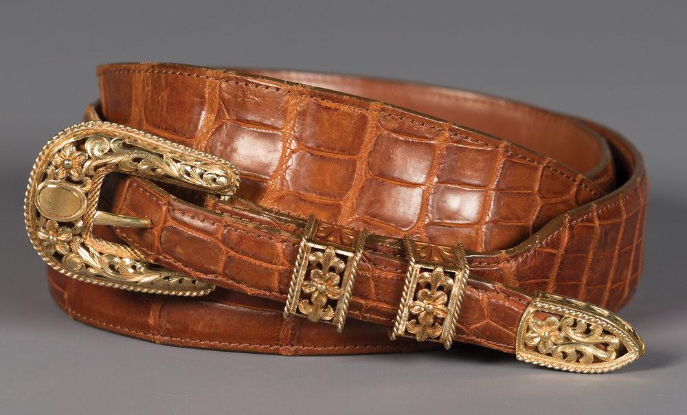 Lot 84:Unique Solid 18k Gold Filigreed 4-piece Buckle Set on Elegant Gator Belt, est. $14,000-18,000 EX: Harry Hudson Collection.