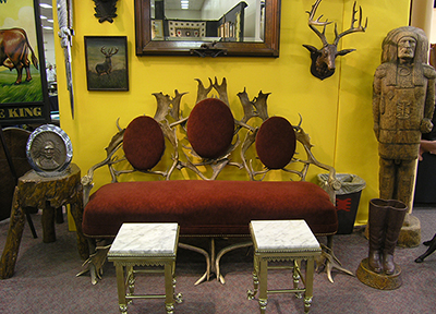 Antique-Western-Furniture-400x288.jpg - Brian Lebel's Mesa Old West Show - Antique Furniture Phoenix Antique Furniture