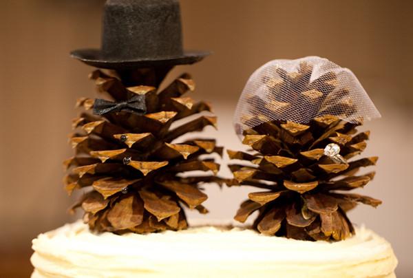 pine-cone-wedding-decor.jpg
