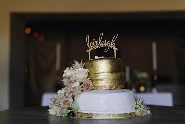 010-metallic-wedding-cakes-as-seen-on-southboundbride.jpg