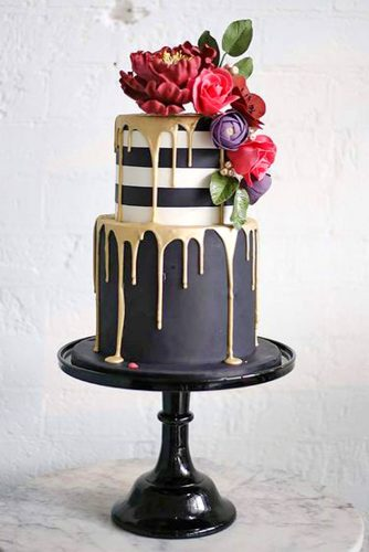 drip-wedding-cakes-sweet-bloom-cakes-2-334x500.jpg
