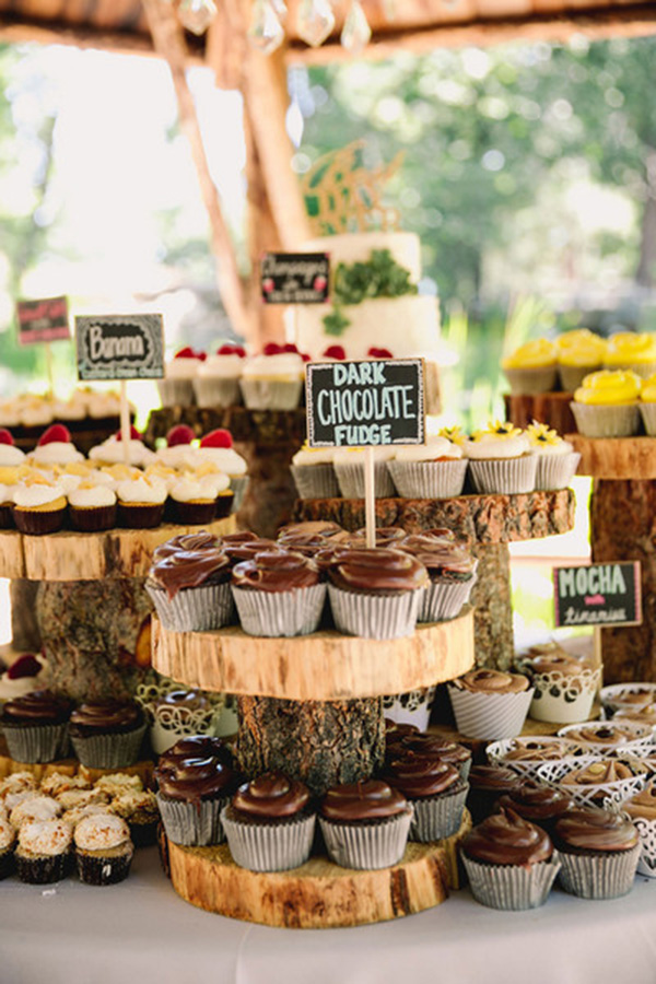 desert-buffet-ideas-for-a-forest-woodland-wedding.jpg