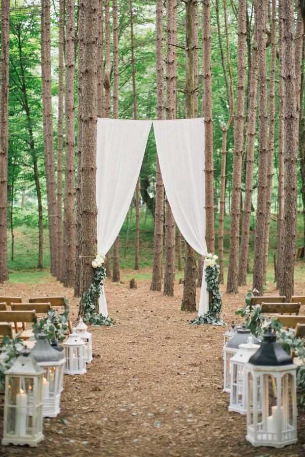 diy-forest-wedding-ceremony-ideas-with-lantern-aisle.jpg