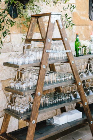 signature-cocktail-display-ideas-for-backyard-weddings.jpg