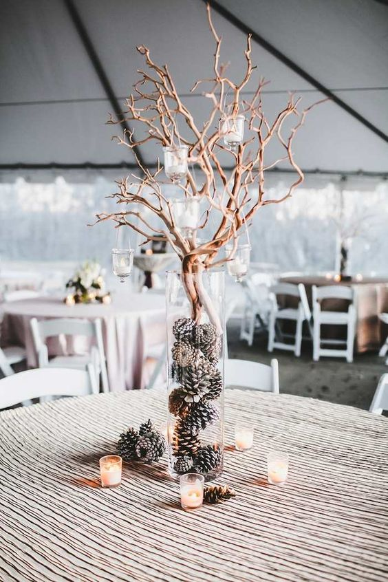 rustic-winter-wedding-centerpiece-idea-via-Teale-Photography-1.jpg