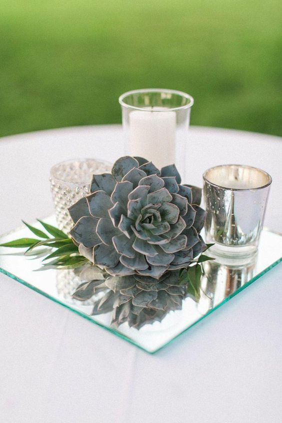 vintage-mirror-wedding-centerpiece-idea.jpg
