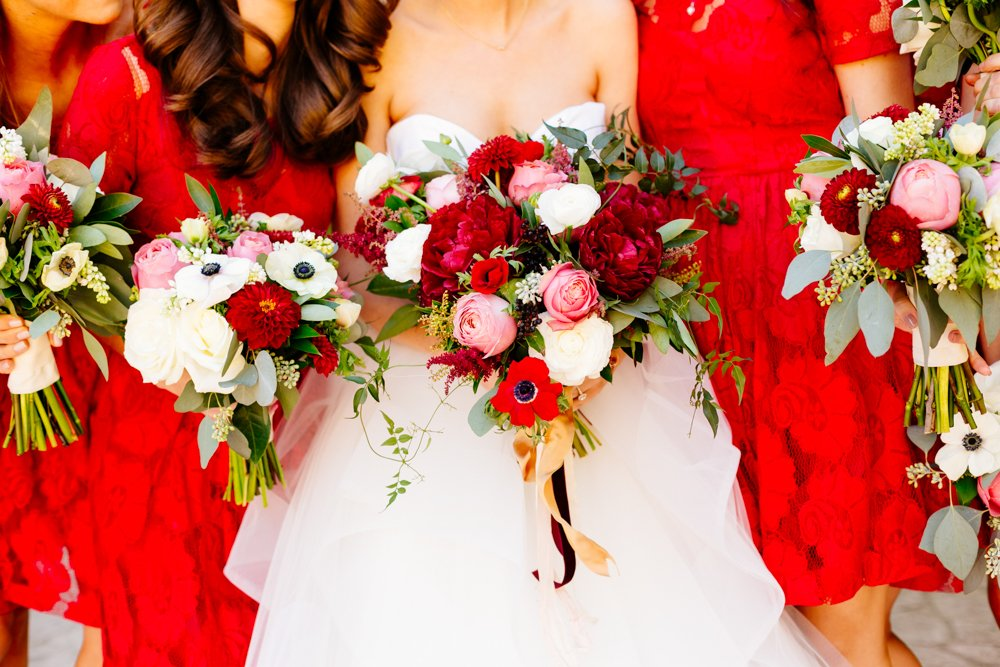 Let-bouquets-echo-color-your-bridesmaids-dresses.jpg