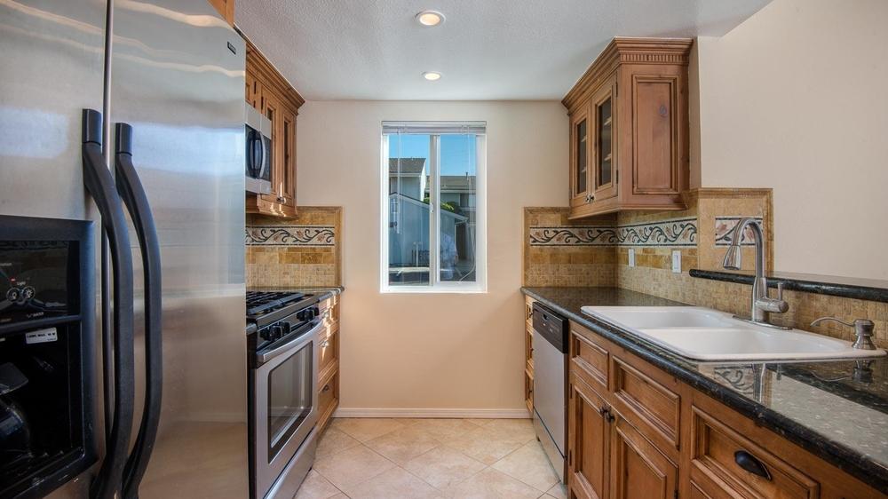 <h3>Santa Barbara</h3>$602,250