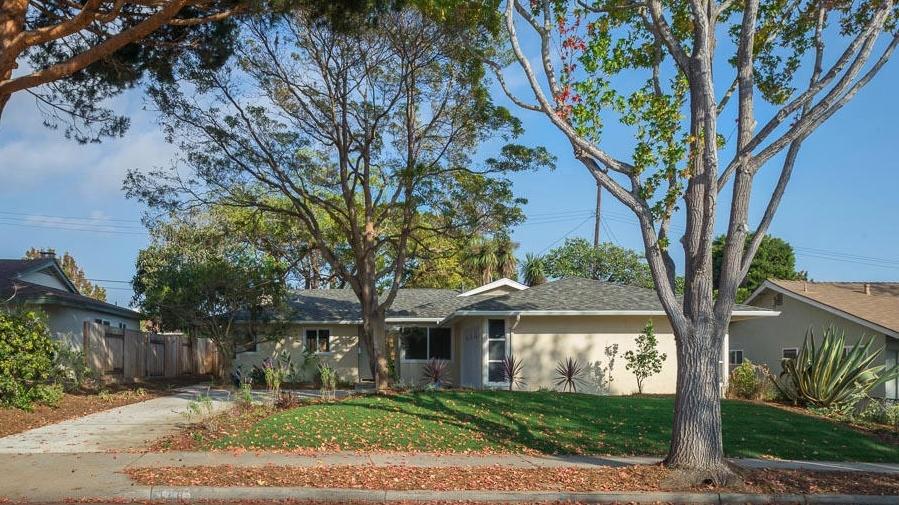 <h3>Santa Barbara</h3>$825,000