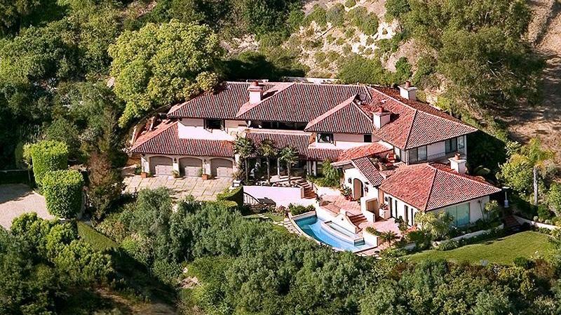 <h3>Montecito</h3>$4,400,000