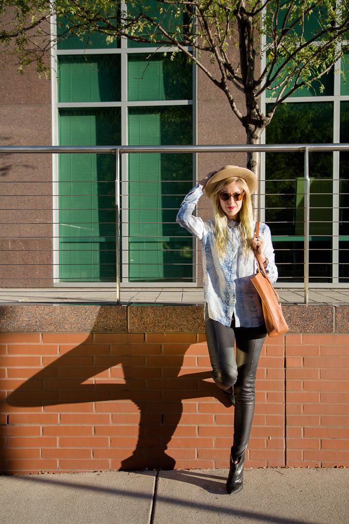 Andi Eaton, Blogger OuiWe Girl