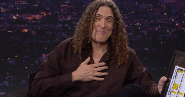 After 35 years, Weird Al finally has a #1 Album on Billboard!   http://www.vulture.com/2014/07/watch-weird-al-tear-up-when-he-learns-hes-number-one-on-billboard.html?mid=facebook_vulture    #WeirdAl   #WeirdAlYankovic   #Billboard200   #Billboard   #billboardcharts   http://click-to-read-mo.re/p/8sqS/53413f12