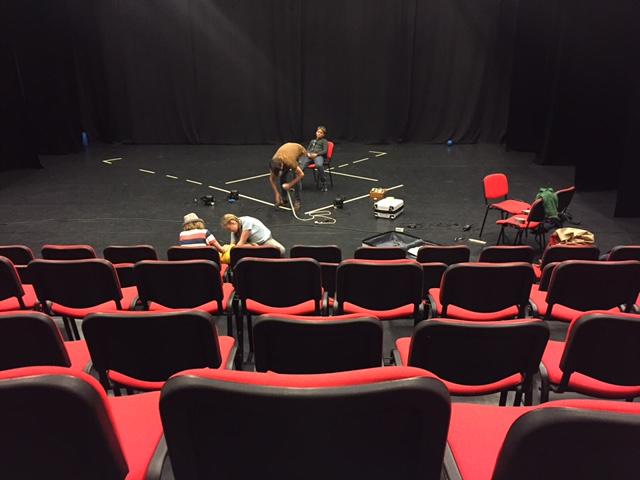 Generalrepetitionen inför Teaterfestivalen i Uppsala ska enligt uppgift gått riktigt bra! Mer foton kommer att läggas upp imorgon. Följ gärna händelserna lite mer direkt via Instagram på kontot vadstenaungateater!