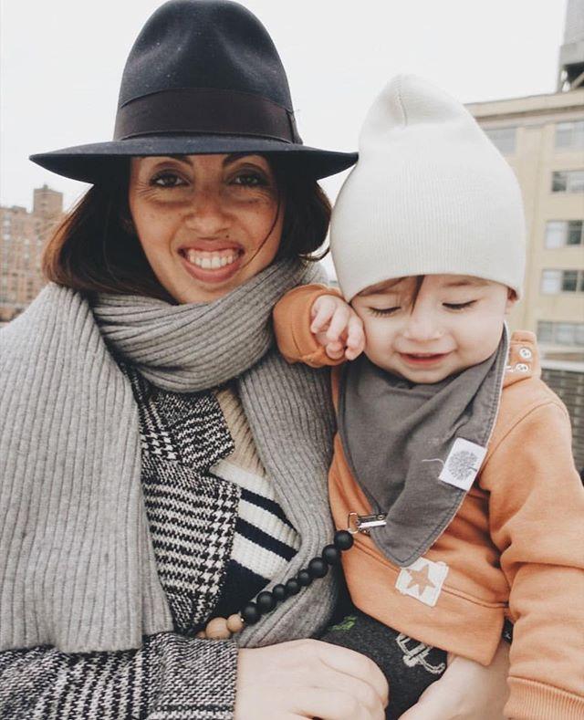 Winter doesn't look so bad on you mama and babe, thanks for sharing your little nugget @julietandtheelf . . . . #motherhood #newmama #newmom #motherhoodrising #cutebaby #oneyearoldbaby #hypekids #hypebeastkids #minime #minilicious #kidsootd #fashionkids #fashiontoddler #toddlerfashion #mom #toddlerhats #toddlerbeanie