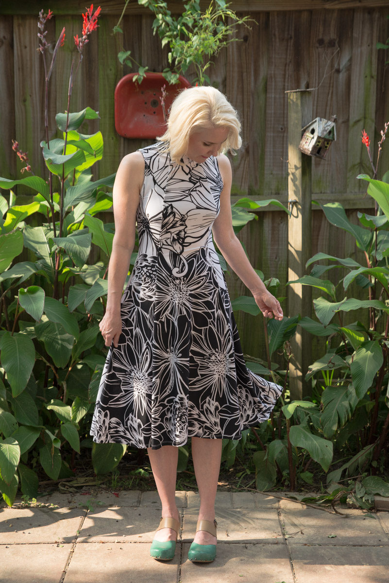 Are you building a handmade wardrobe, and interested in advancing into more knitwear? Inside this post, you'll learn all about the new Victory Patterns Jackie Dress and I'll share tips and tricks to more advanced knitwear sewing.