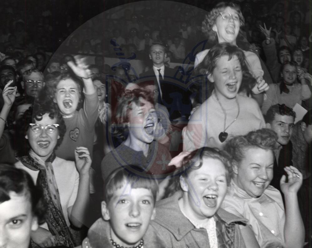 Elvis Presley Fans, Toledo Sports Arena 1956