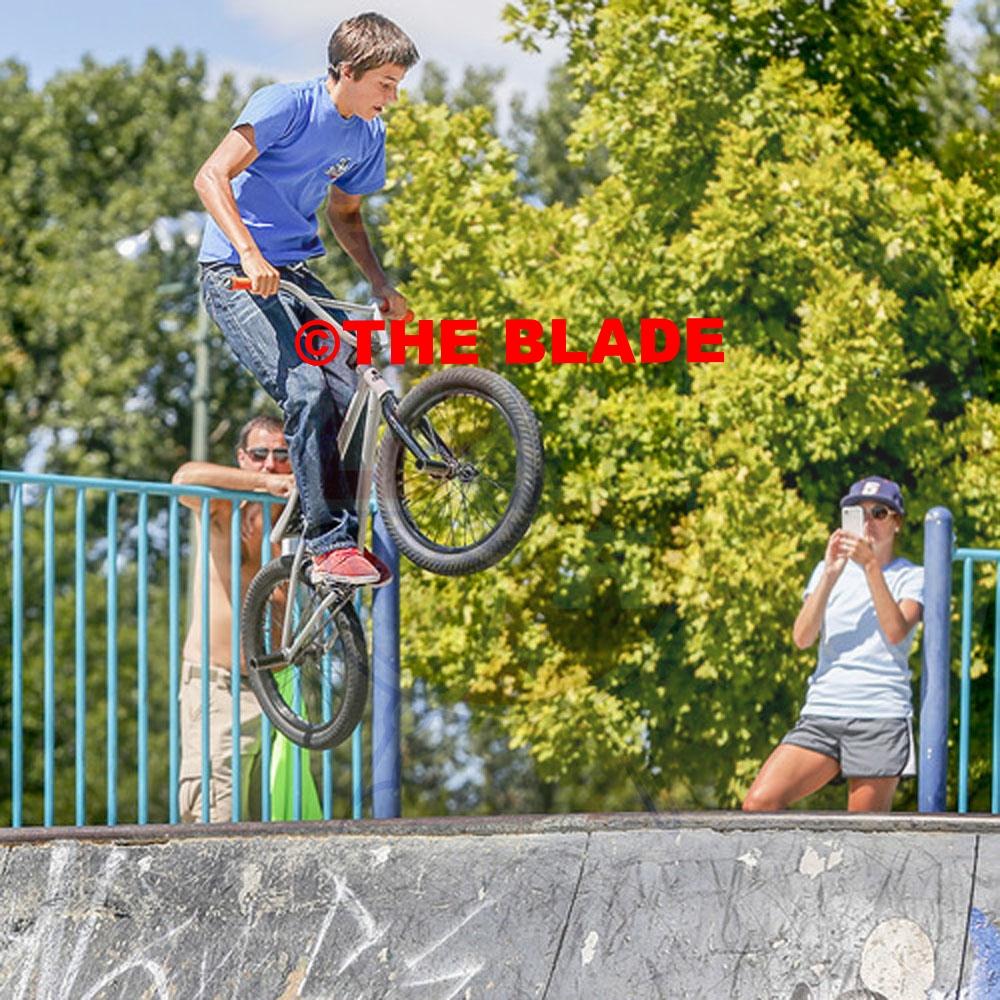 ROV biketrick