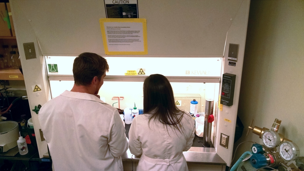 Working in fume hoods is part of everyday science!