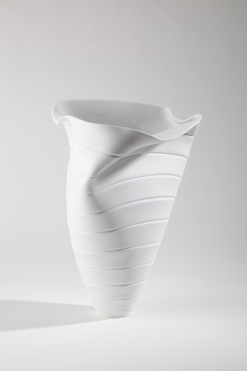 BONE CHINA COLLAPSING PIECES - VESSELS