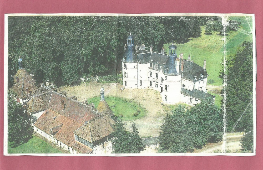 poem book chateau du puits photo.jpg