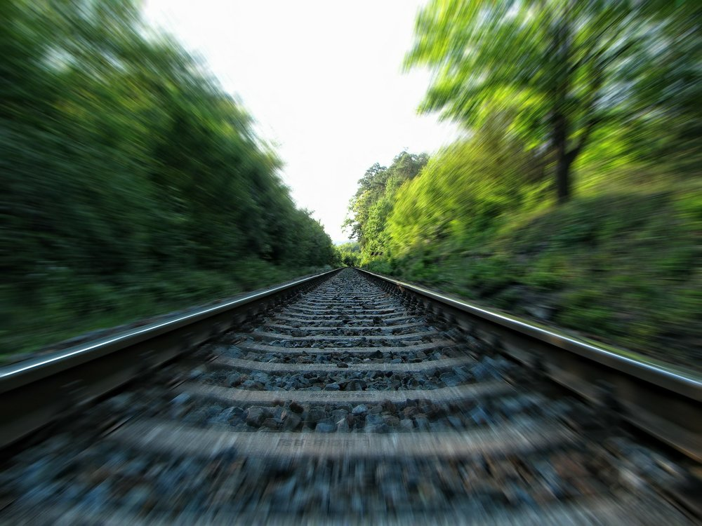 GAIN CLARITY. GET MOMENTUM. - Has your church leadership gone off the rails? Join me for a FREE 30-minute webinar to get back on track.