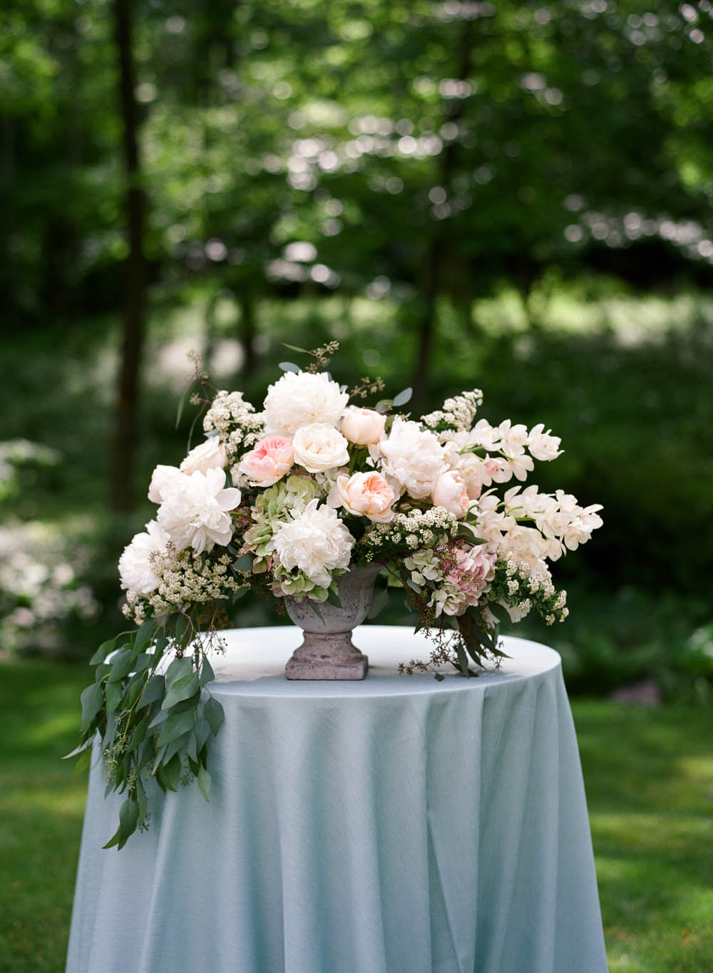 stacie-shea-floral-design-tables.jpg