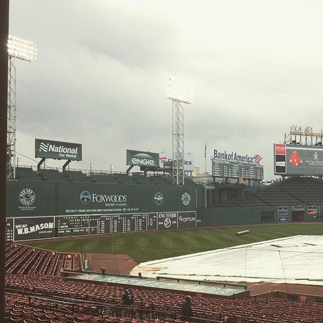 Baseball + thunderstorms = no bueno.