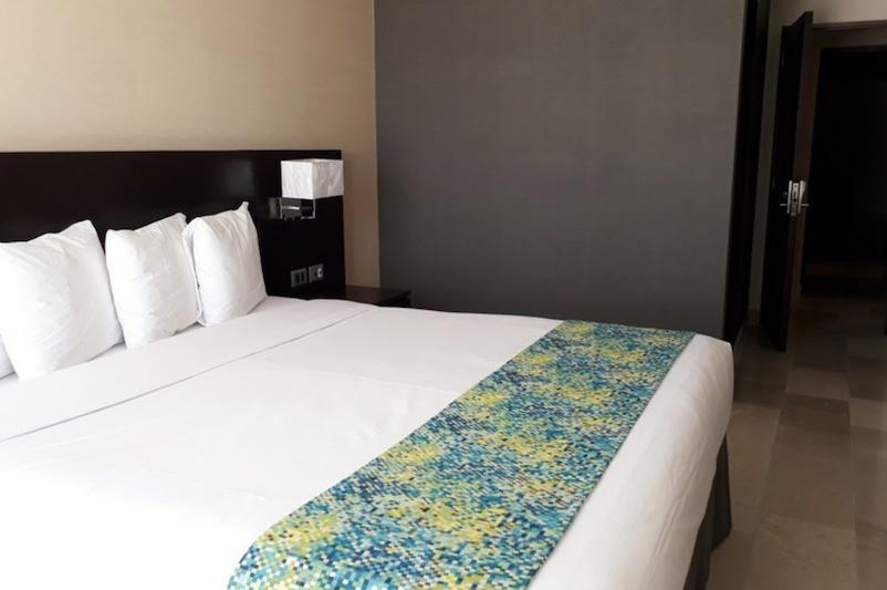 MAGDALENA BAY20 Seven Crown Hotel RESIZED 2.jpg