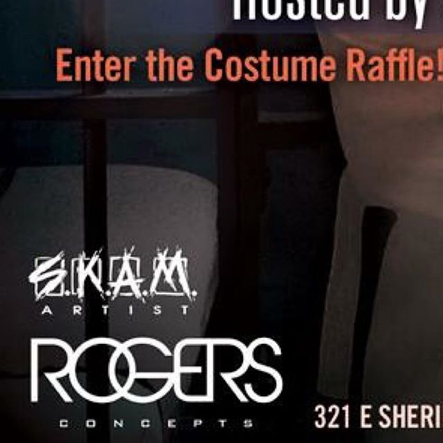 Who doesn't want to win FREE🤑MONEY &&&& party with LA's hottest DJ?! Come thirsty🍻tonight for one HALLOWEEN you are sure to NEVER forget! #DJFashen is in the house dropping the 🕸BEST Saturday night soundtrack for our👉🏻Trick-or-Treat Bash! Need to make reservations?! Call us! 602.1771 #candyokc @candyokc
