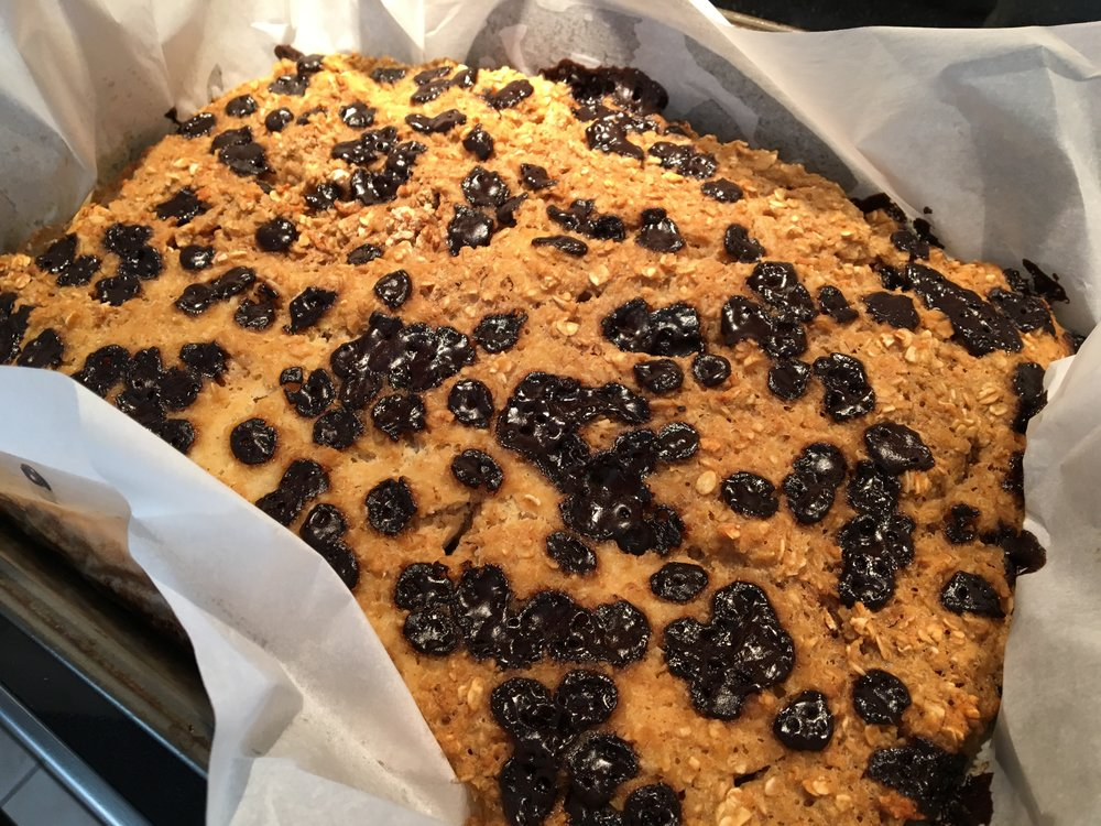 Sugar-Free Fat-Free Chocolate Chip Cake
