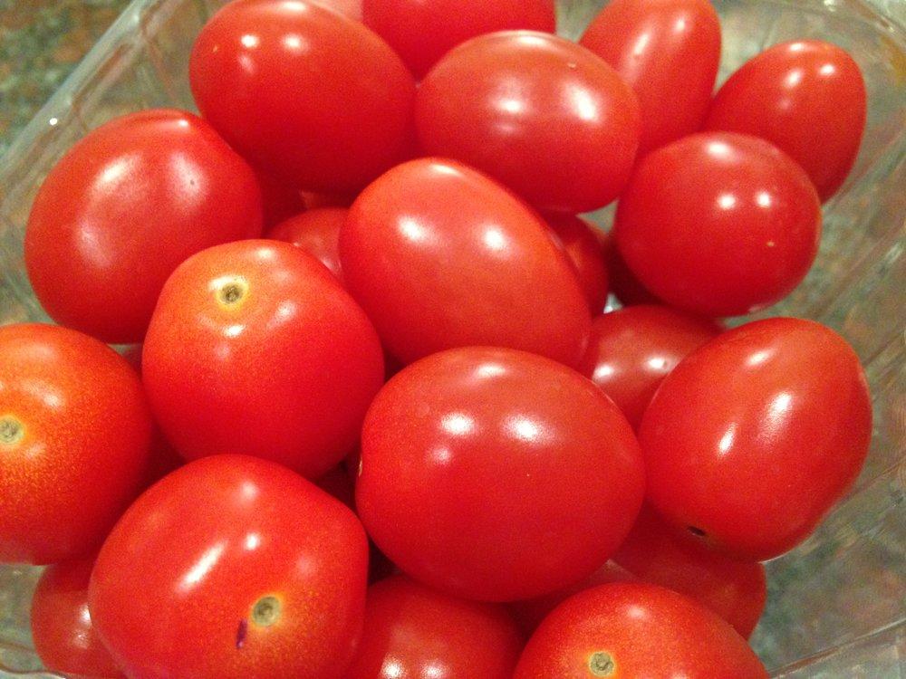 baby tomatoes-2.JPG