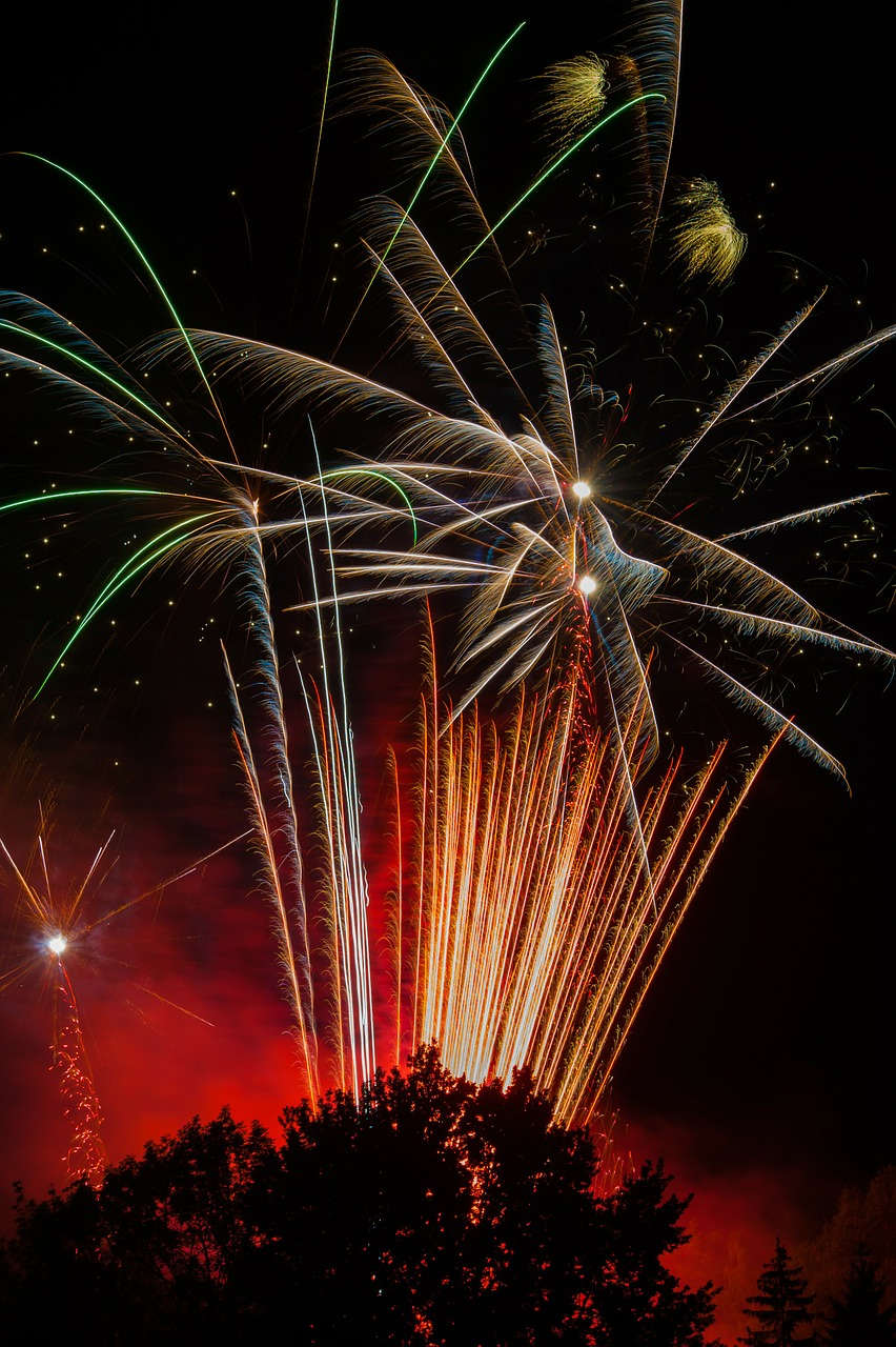 Fireworks 4 by BeArt.jpg